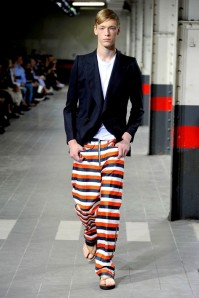 diap-sr-mode-tendance-defile-homme-ete-2012-dries--copie-1